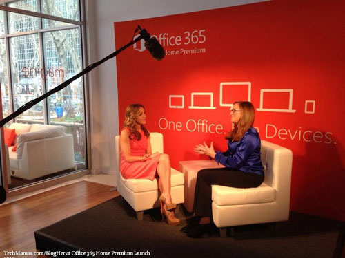 Felicity Huffman sharing her productivity tips with TechMama at the Office 365 Home Premium Launch.