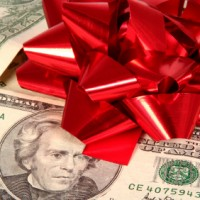 Tips And Tools To Get the Best Deals For Holiday Shopping